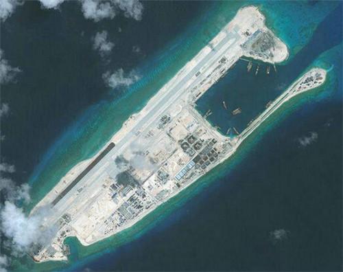 中国在南海再进一步:接连控制两个岛礁