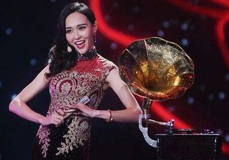 晨报早评.jpg